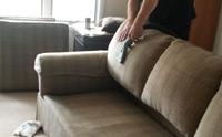 Cách tốt nhất và đơn giản nhất để làm sạch ghế sofa là gì